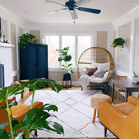 Here is a look inside Lindsay's lovely plant filled home