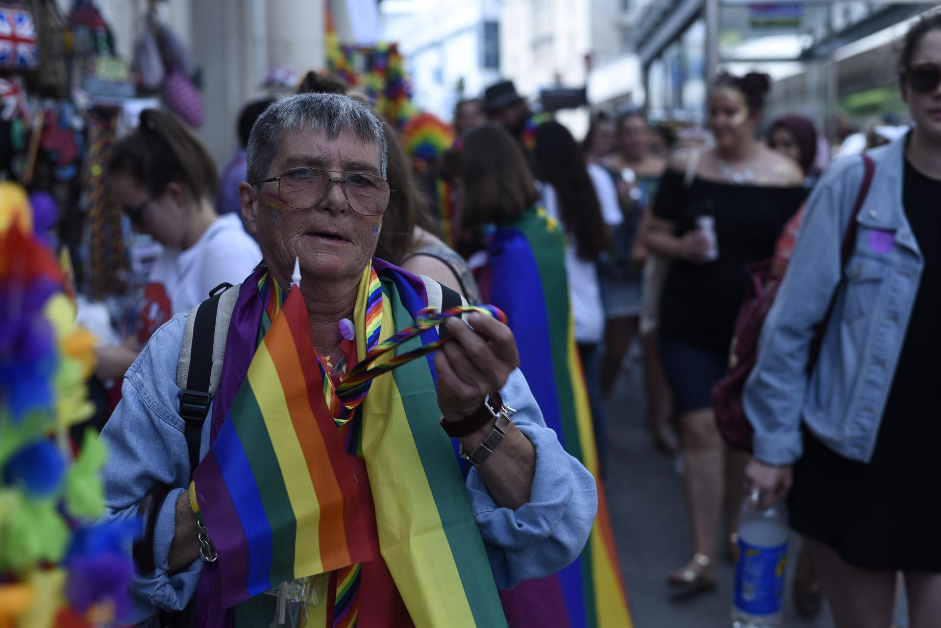 btn_pride_18-08-04231.JPG