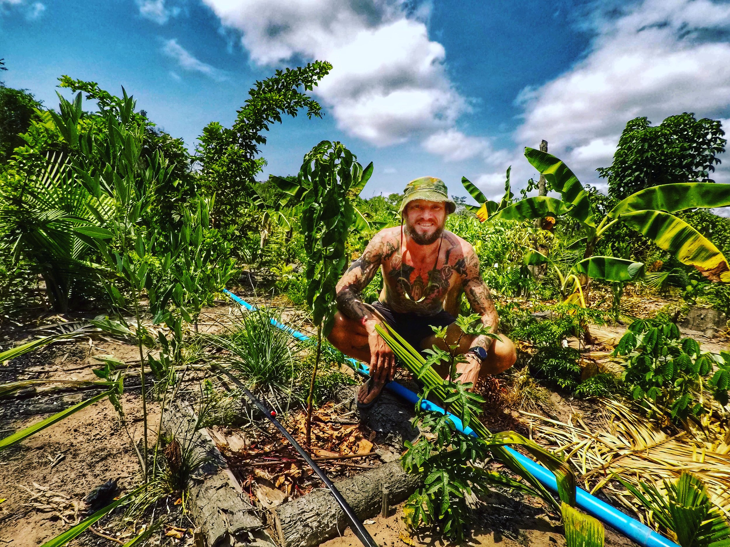 Picture: Helping Beto, a local boy, lay some irrigation for the crops. We achieved this by working in harmony utilising all the same communication methods I talk about in this blog.