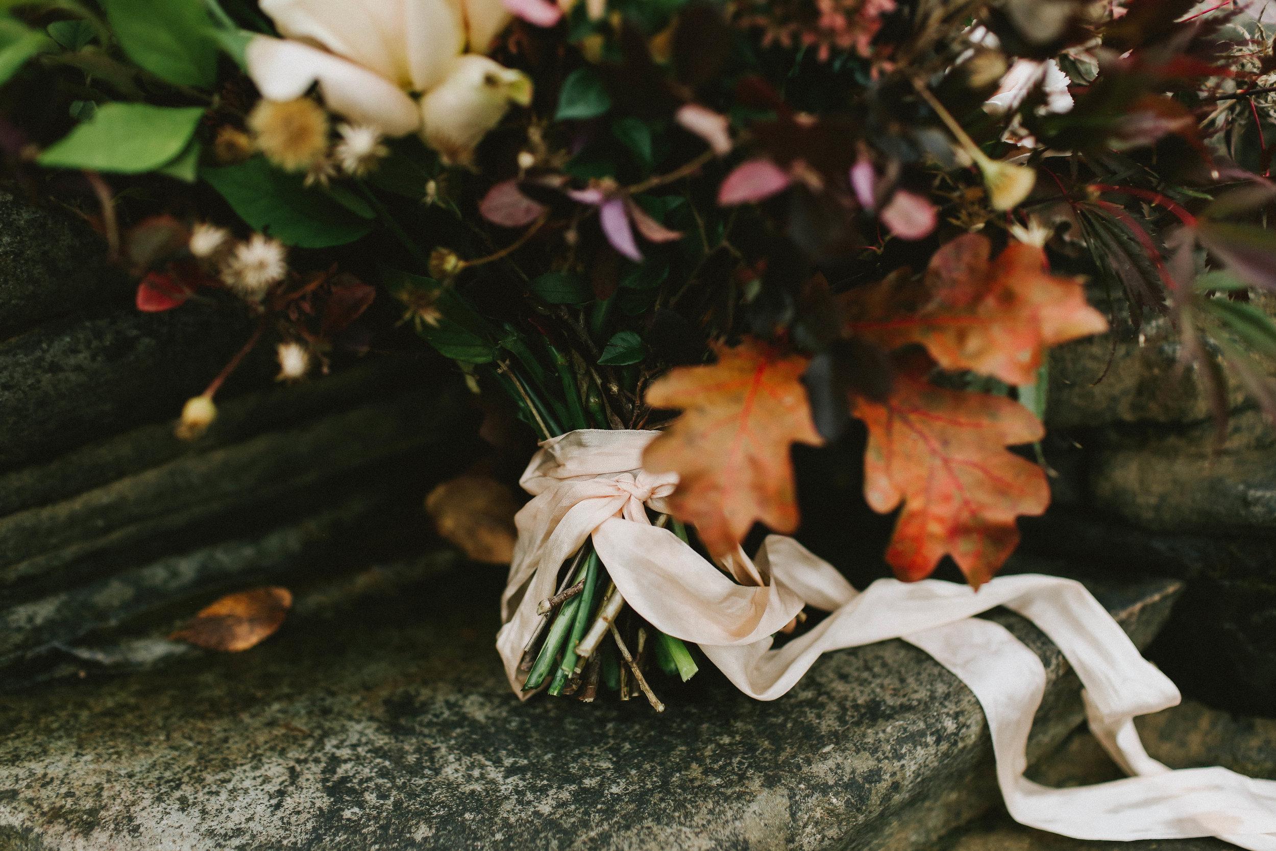Fall Wedding Shoot - Autumn Wedding Ideas and Inspiration