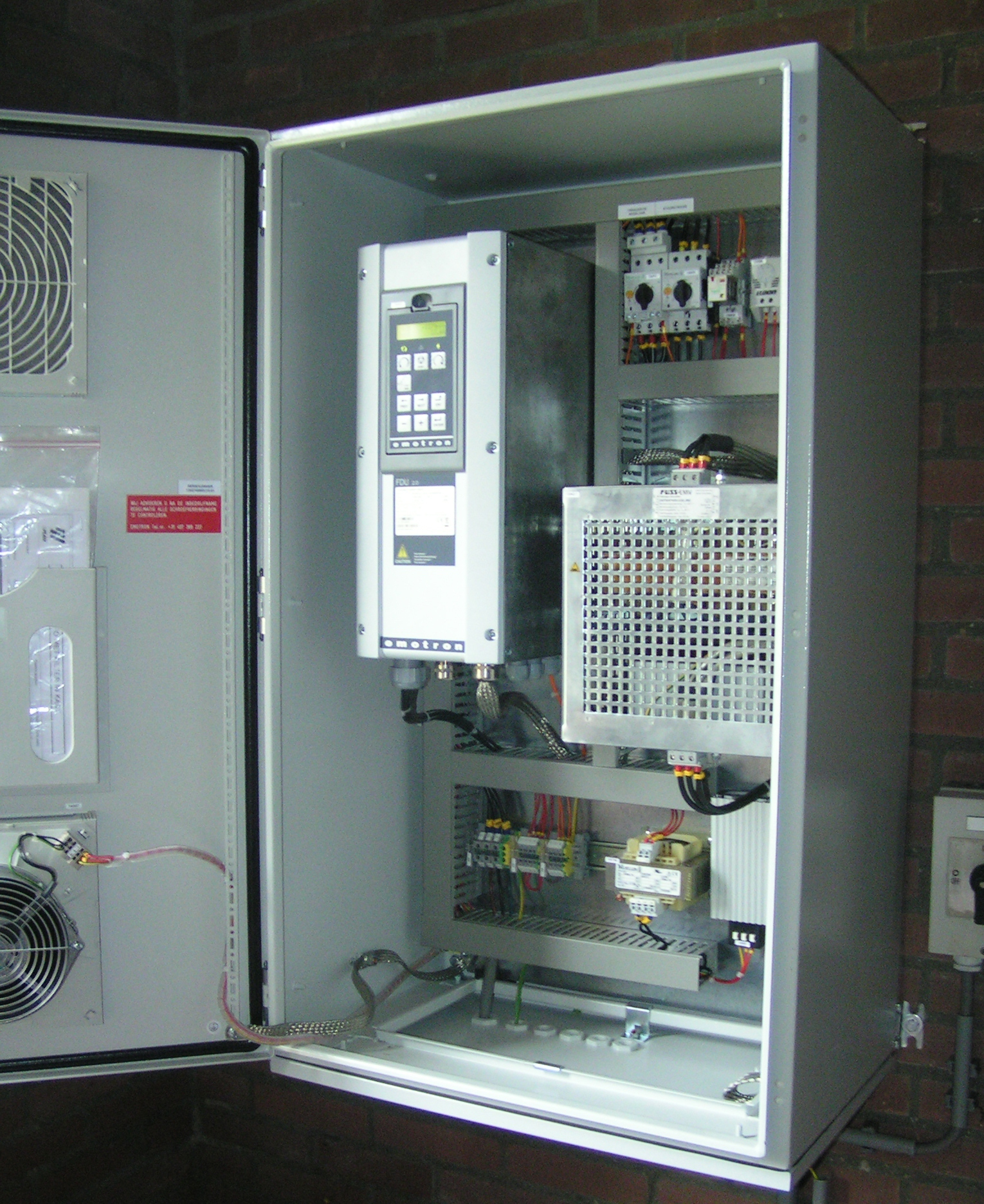 Emotron Variable Frequency Drives in combination with an all-pole filter