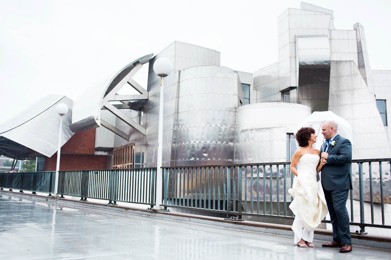 weisman-museum-minneapolis-wedding_0023.jpg