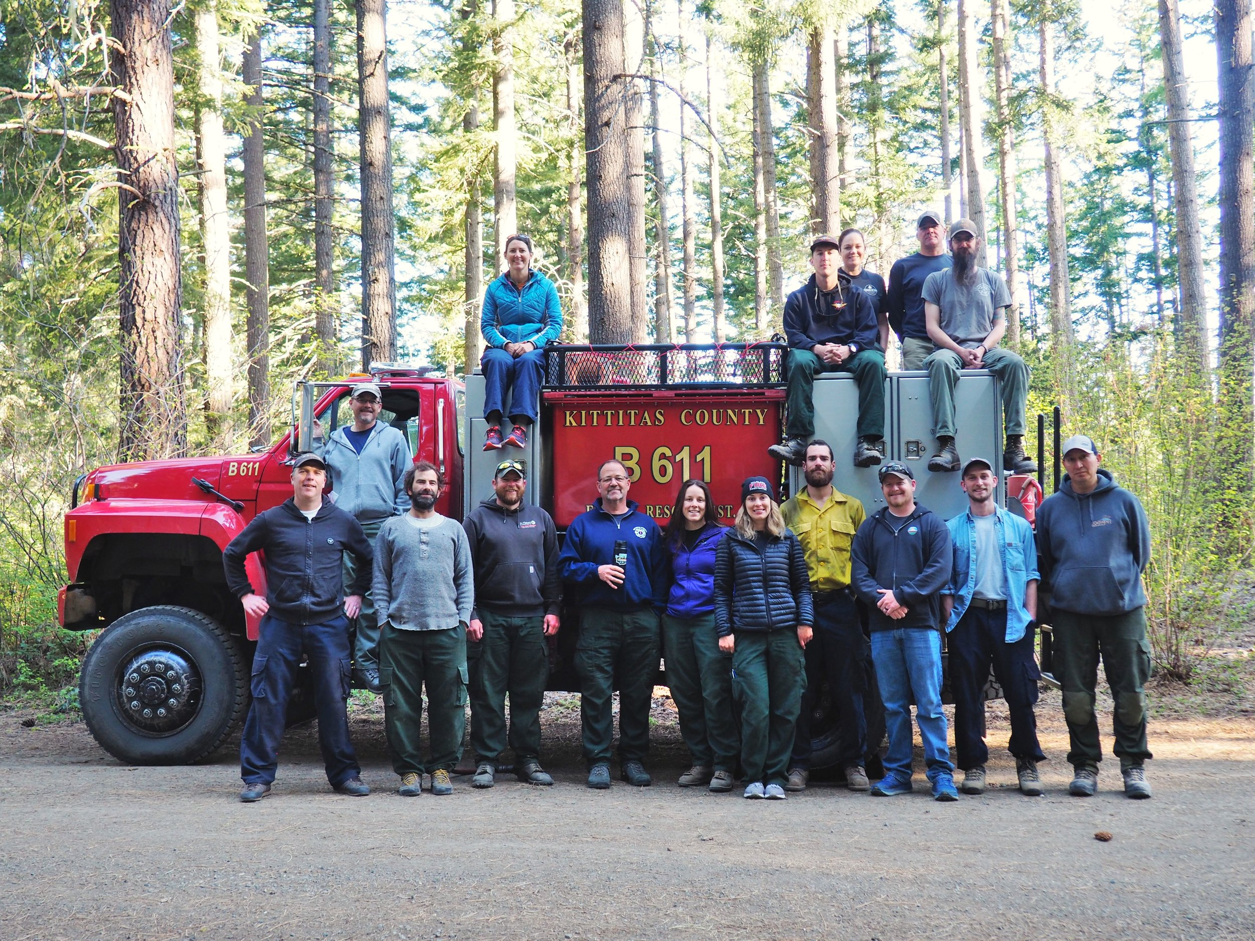 Team Photo - 2019 Spring Cascadia TREX.jpg