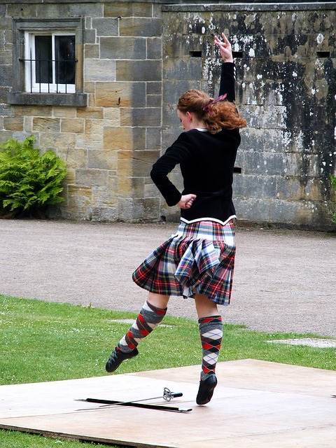 Girl highland dancing - grat 640.jpg