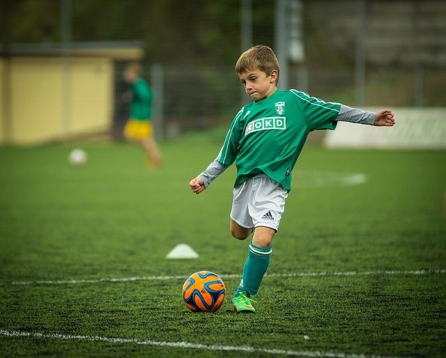 Kid soccer - P 640.jpg