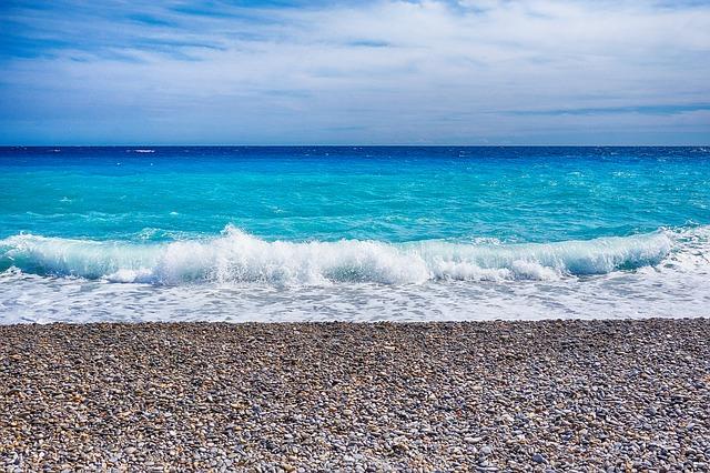 sea-1372682_640.jpg