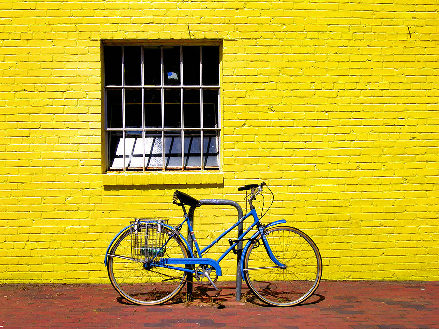 yellow-wall-and-blue-bicycle-steven-ainsworth.jpg