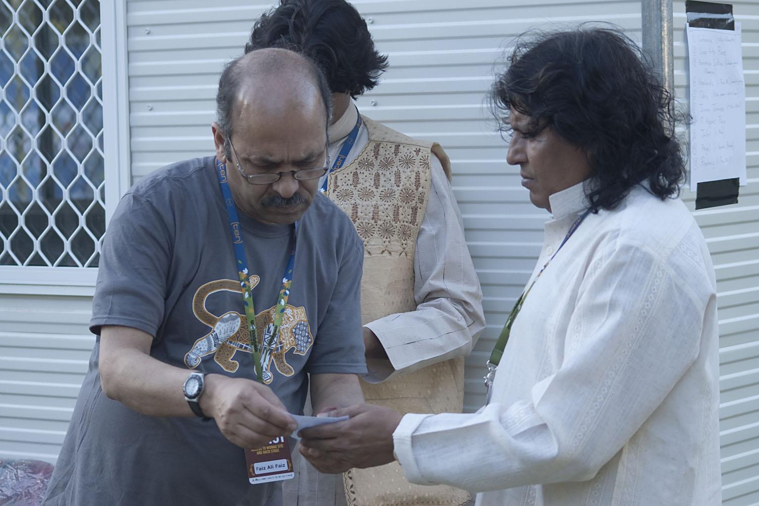 WOMADelaide_All-Star_Gala_set-up_20110314_16_Yasser_Nomann_+_Faiz_Ali.jpg