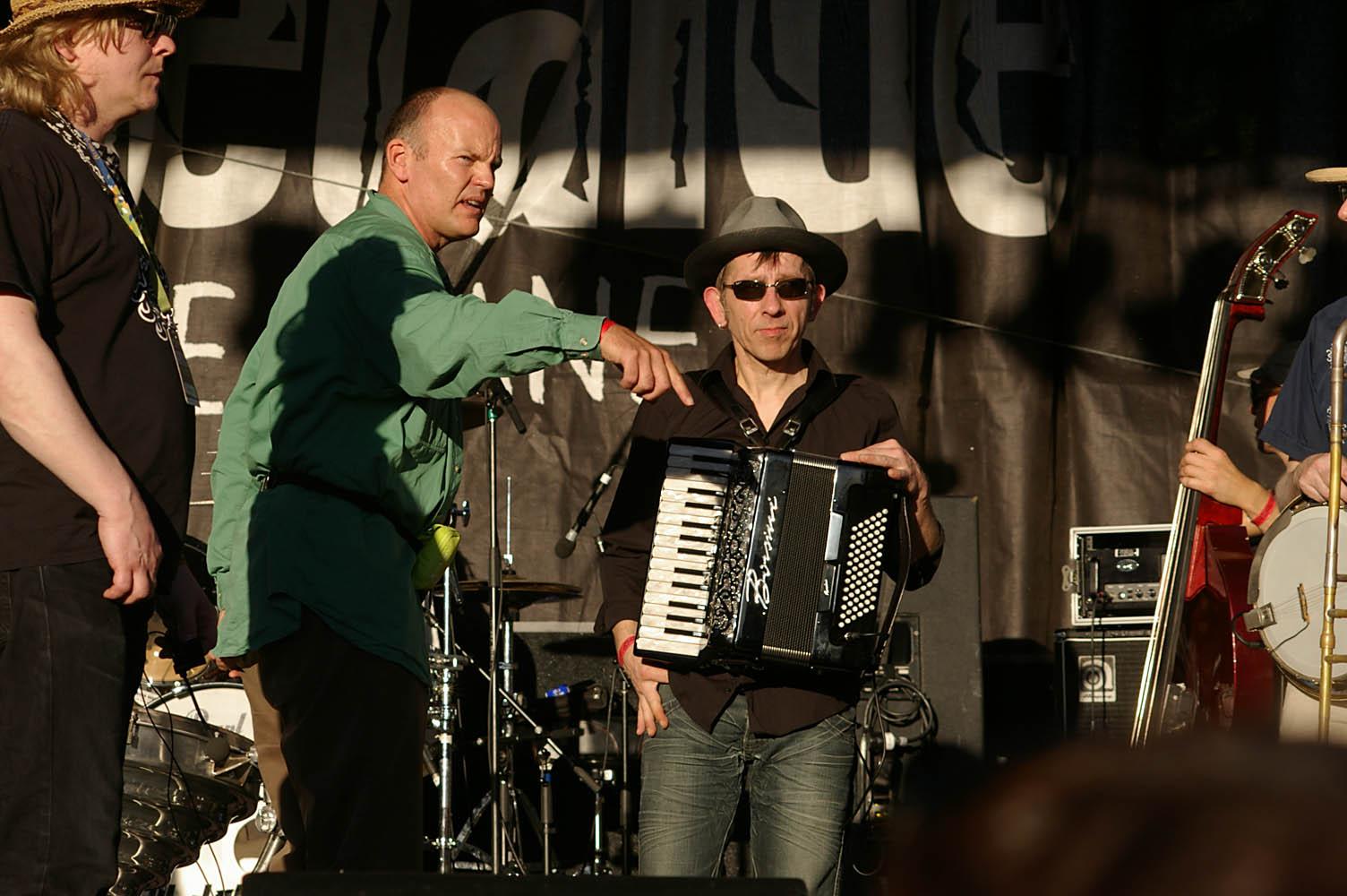 WOMADelaide_All-Star_Gala_set-up_20110314_18_Uwe_Langer_+_PG_+_Kruschko_AKA_Volker_Rettmann.JPG