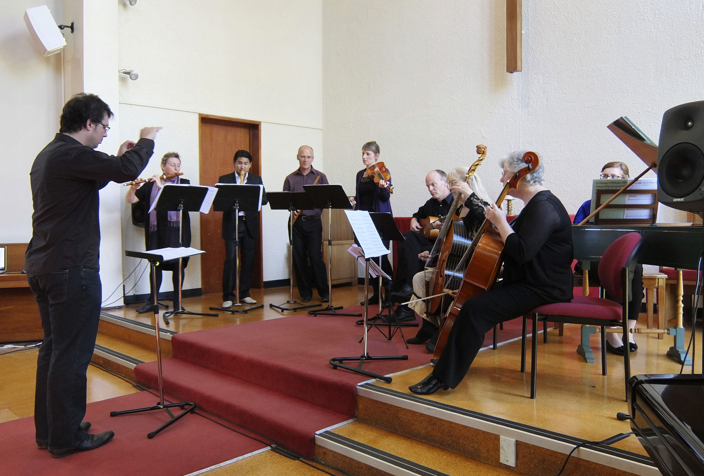 New_Music_for_Old_Instruments_20141108_Auckland_NZ_Julius_Margan_2.jpg