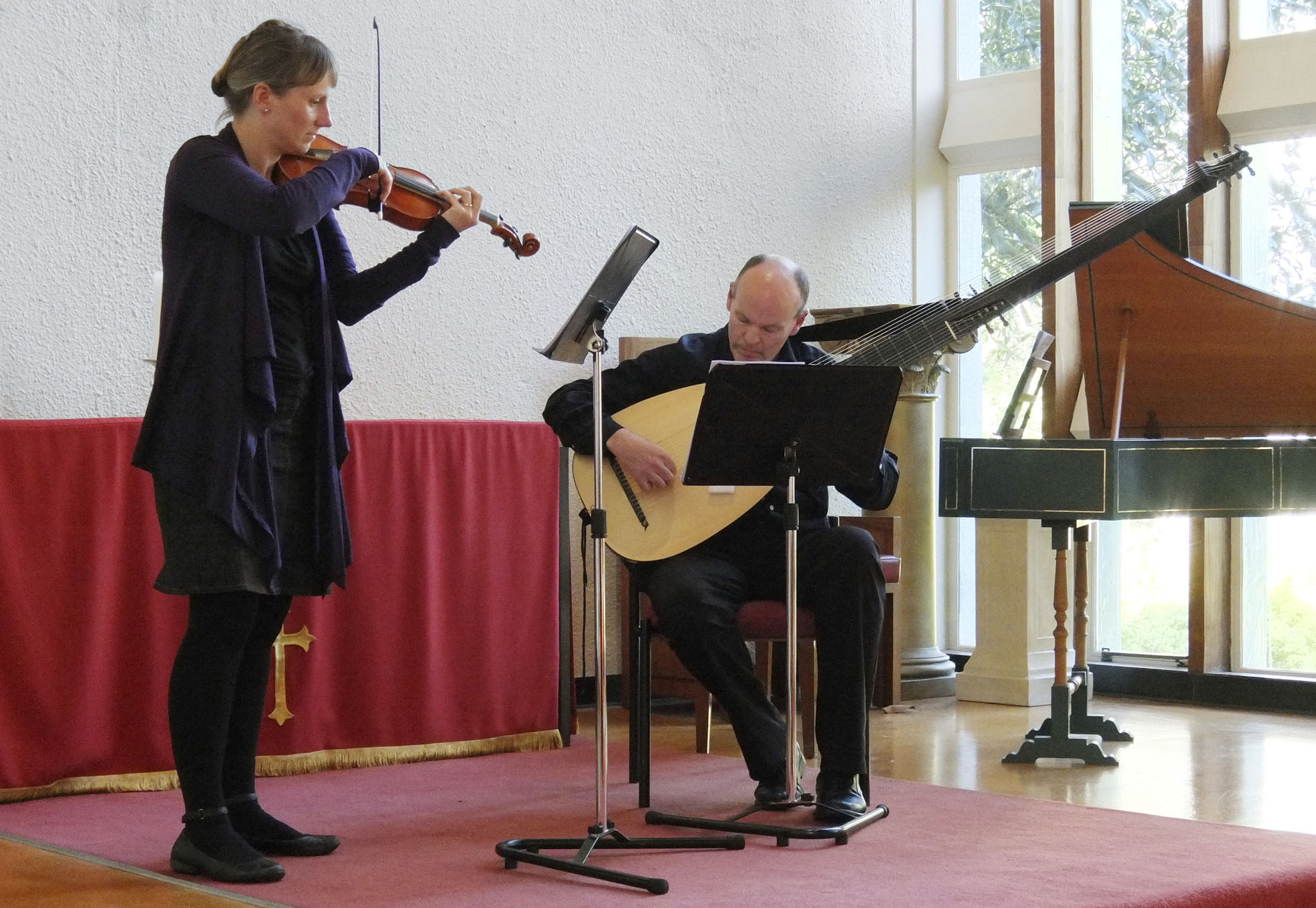 New_Music_for_Old_Instruments_20141108_Auckland_NZ_Julius_Margan_4.jpg