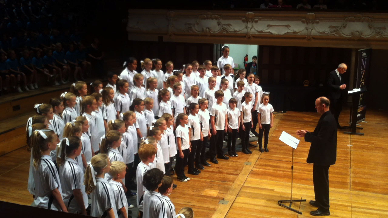 20140805_Kids_Sing_Auckland_Town_Hall_1.jpg