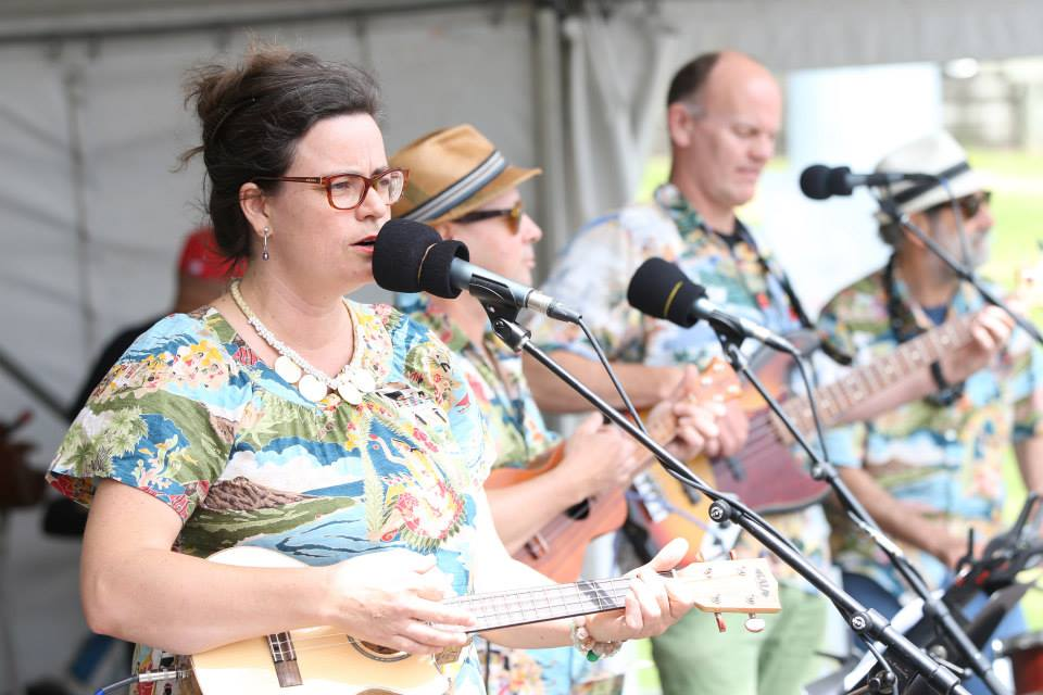Sam_+_Lucy's_Hawaiian_Adventures_20131130_NZ_Ukulele_Fest_3.jpg
