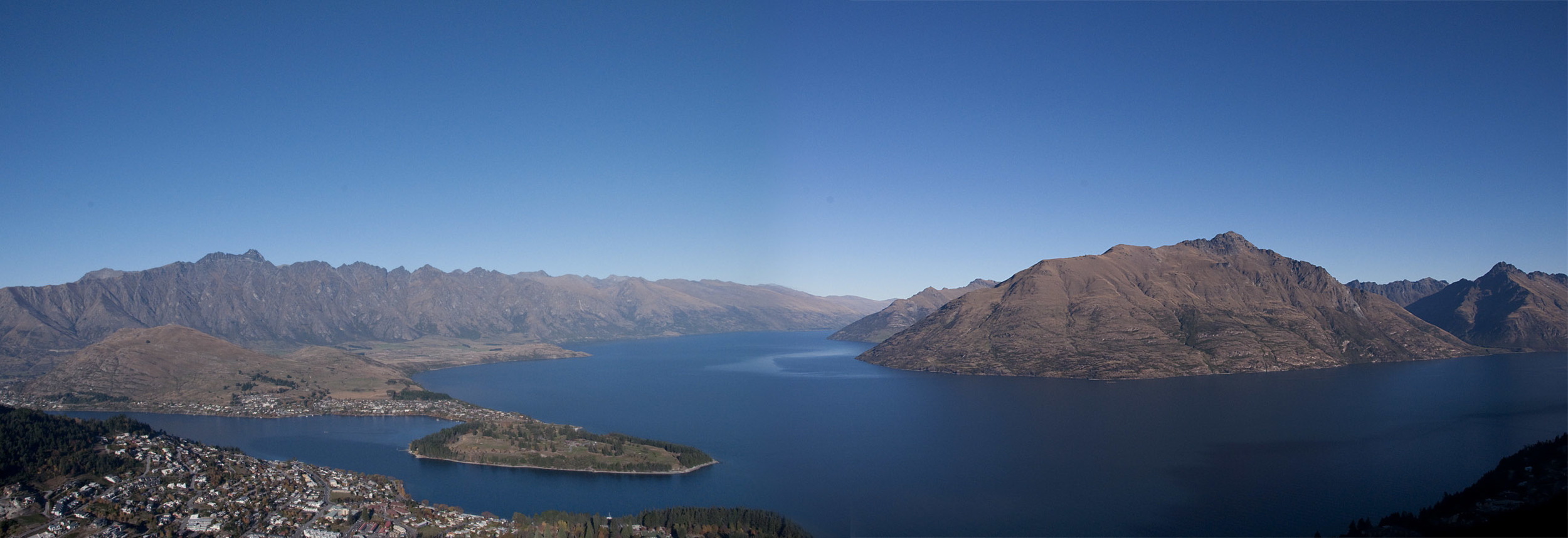view_from_Gondola_deck_20110430_Queenstown_NZ_1.jpg