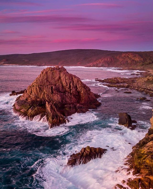 How beautiful is down south! This amazing image of our unique coast line was capture by @lisawatsonphotography