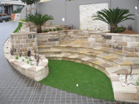sandstone-retaining-wall-th