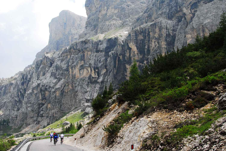 TOUR OF THE DOLOMITES - CLIMB THE LEGENDARY ROADS OF THE GIRO!