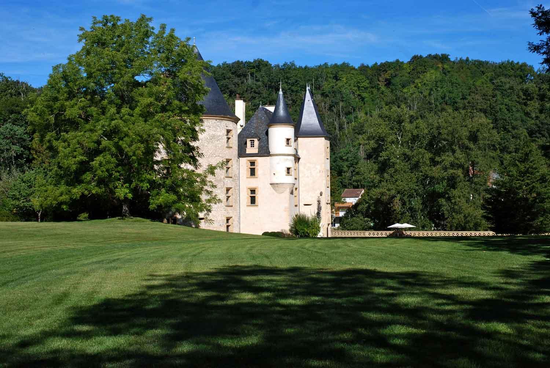 Chateau_Side.jpg