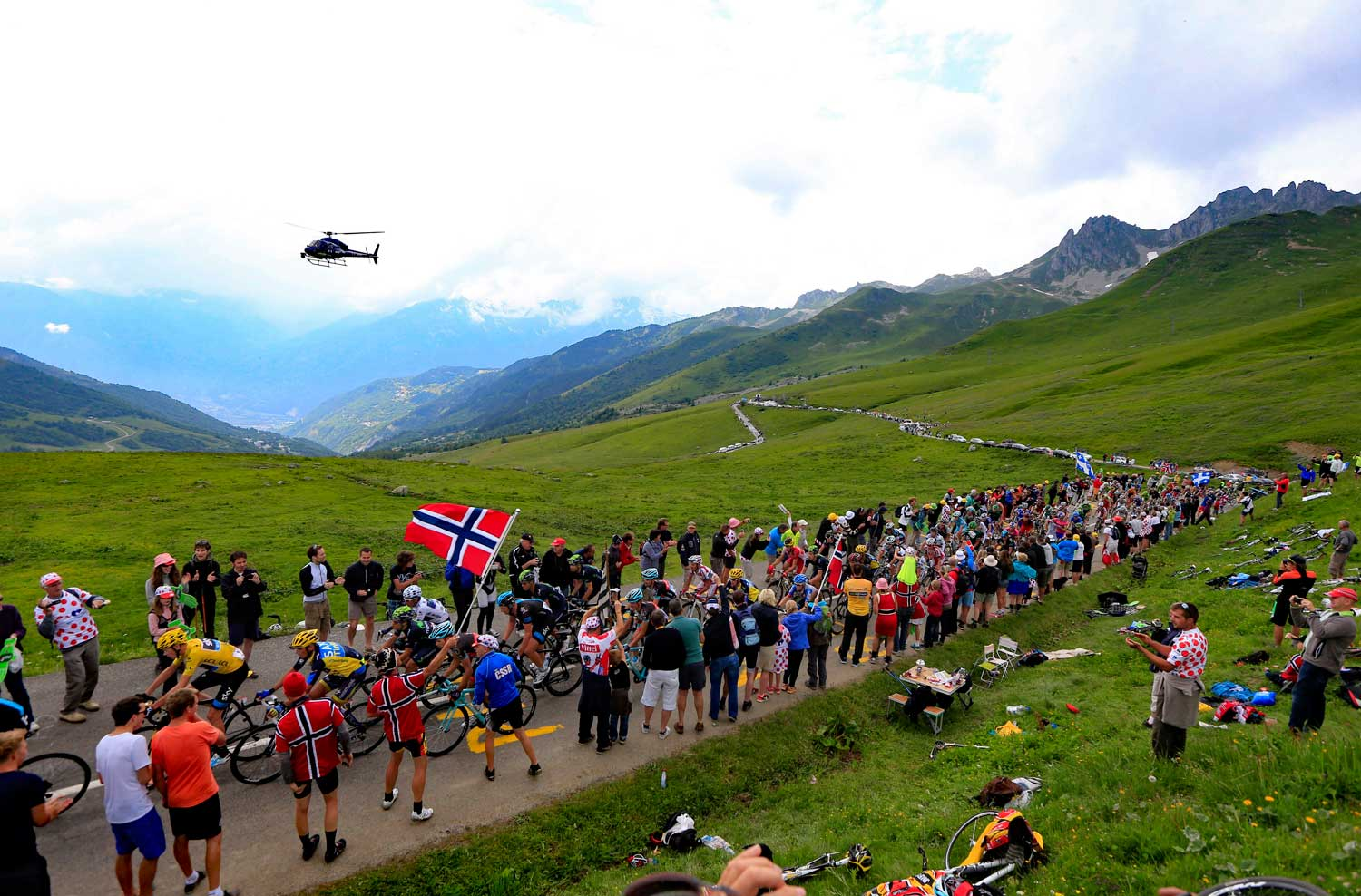 2019 TOUR DE FRANCE - EXPERIENCE THE FINAL WEEK IN THE FRENCH ALPS!
