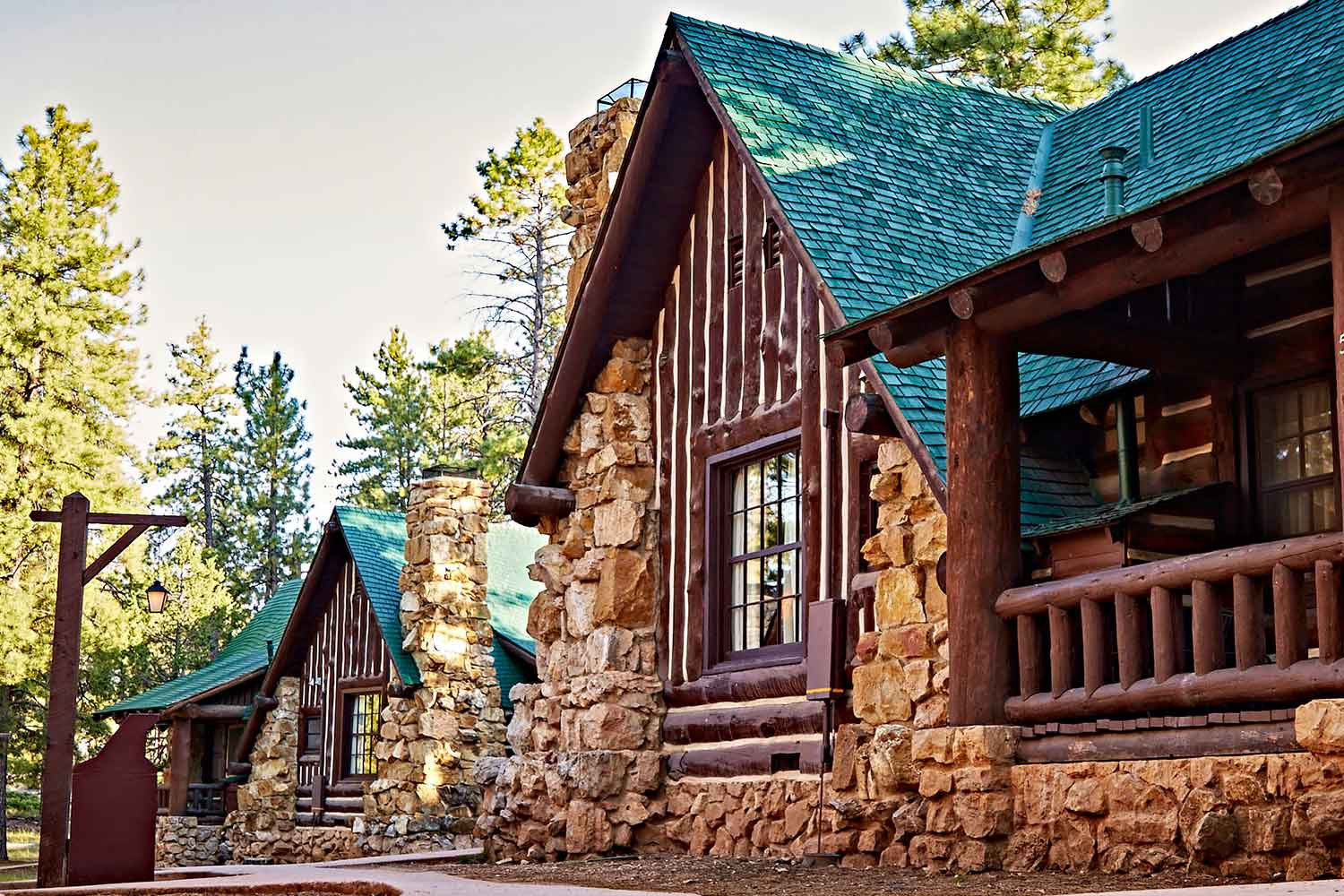bryce_canyon_lodge.jpg