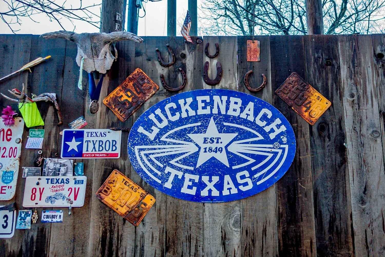 Luckenbach-Texas_1500.jpg