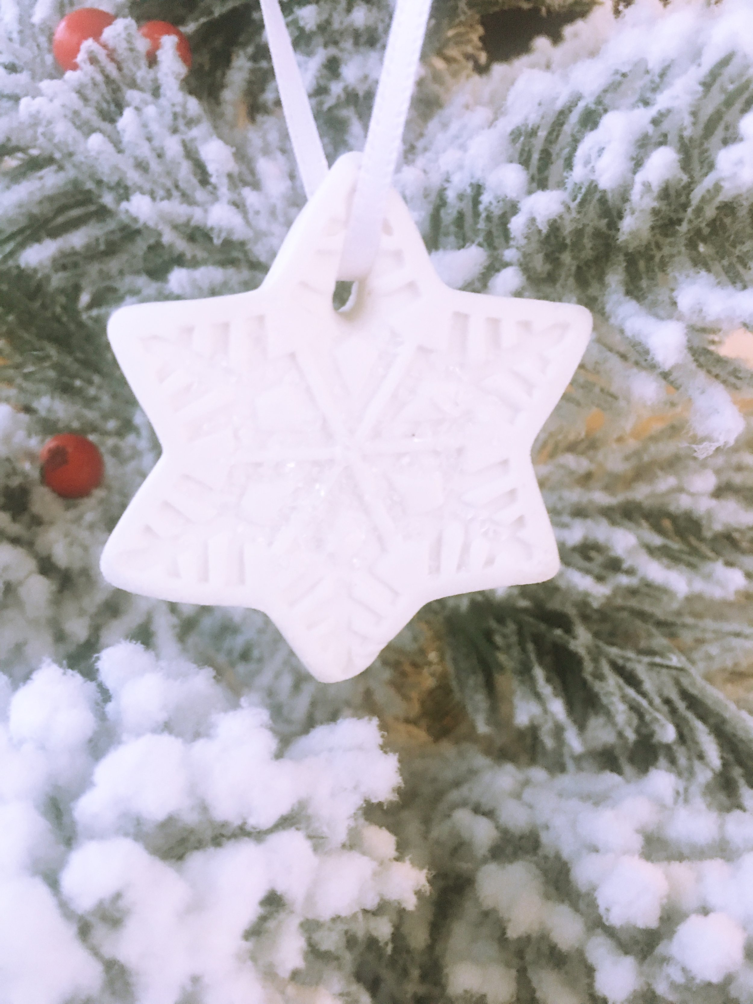Snowflake ornament DIY13.jpg