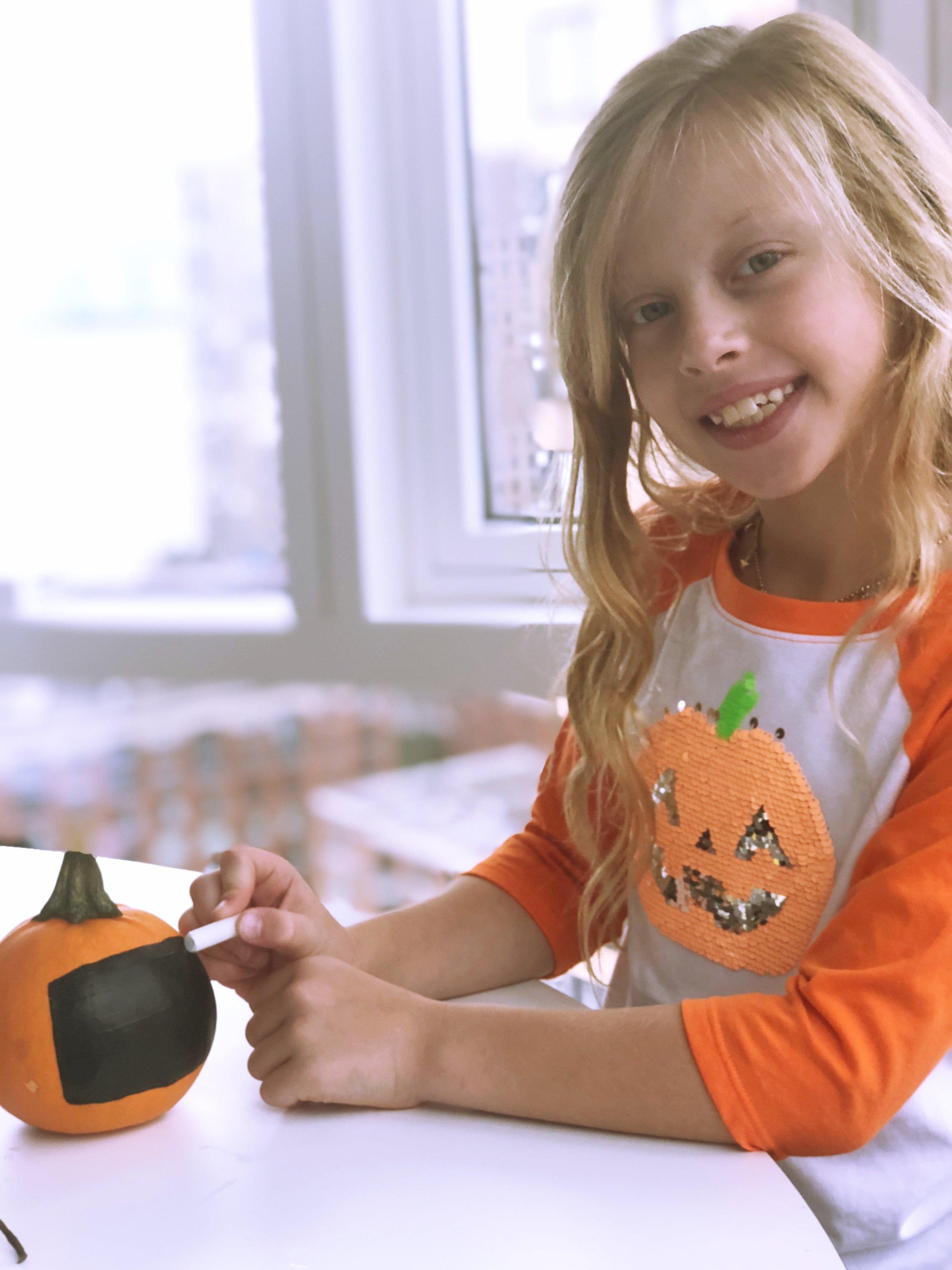 Chalkboard Paint Pumpkin 10.jpg