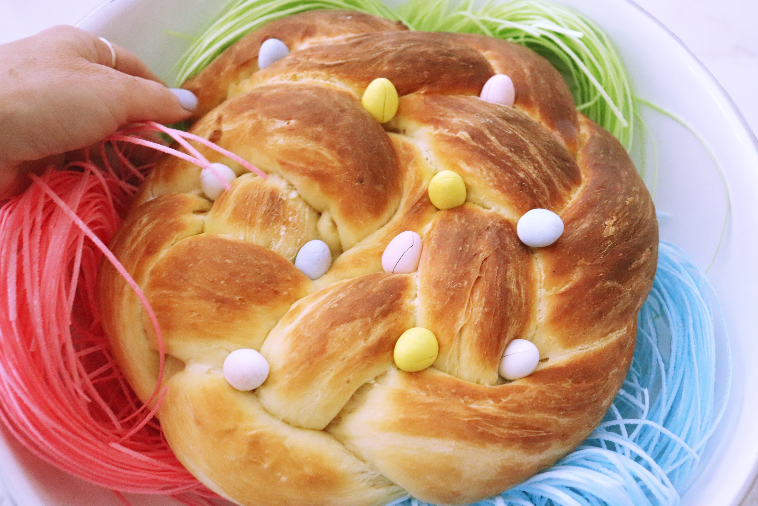 Easter Basket Bread Cake 25.jpg