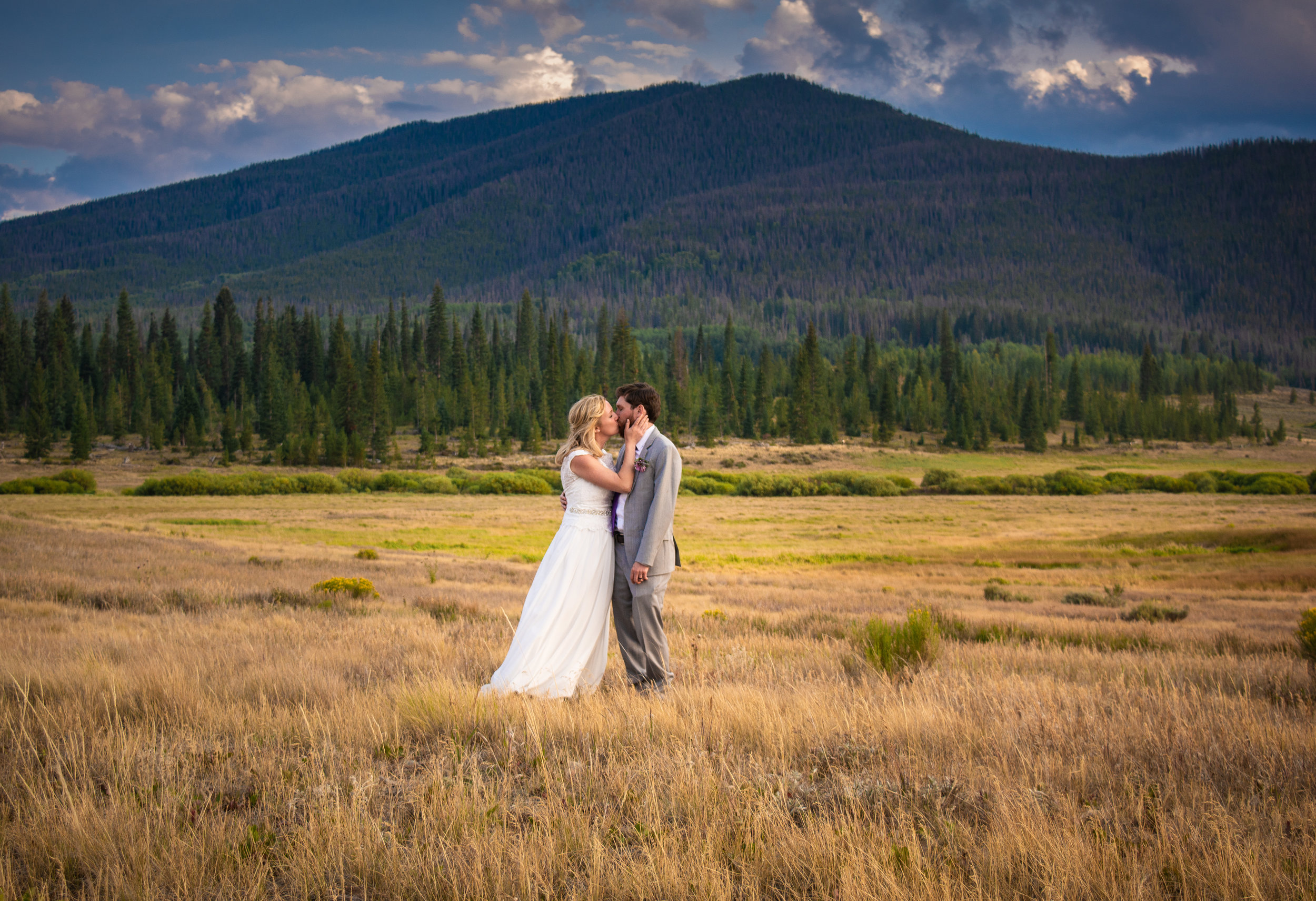 snow mountain ranch wedding photos