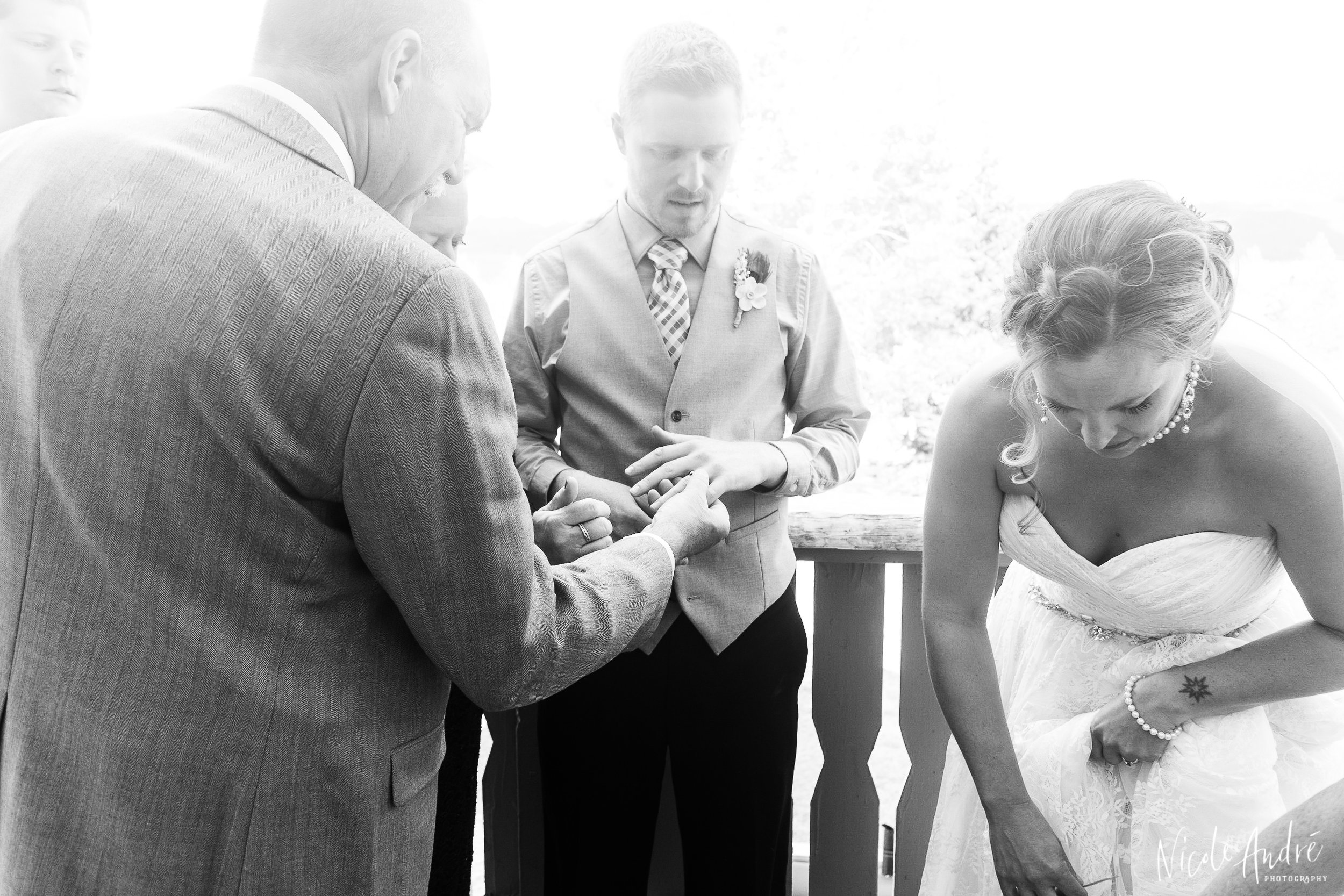 candid wedding shots