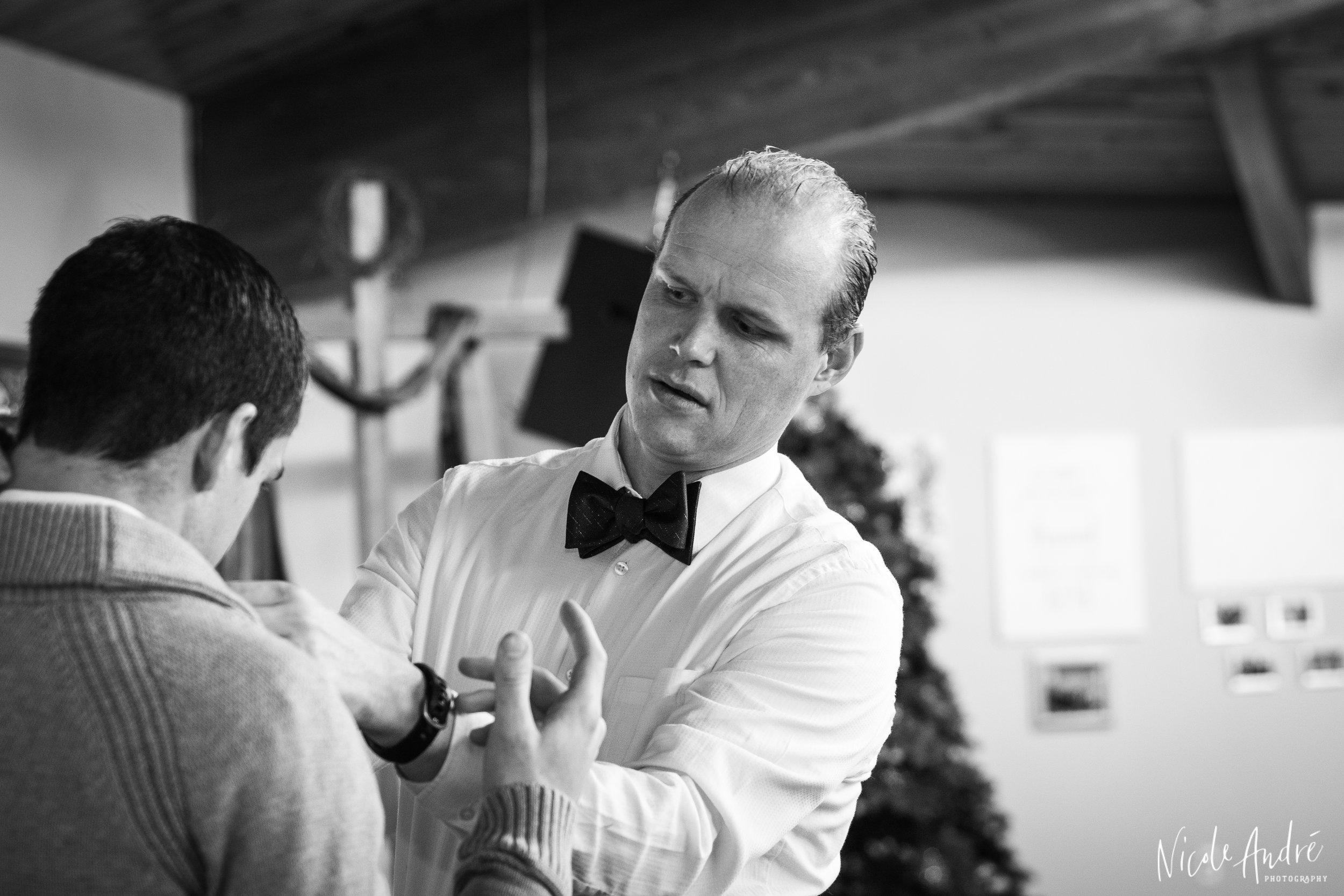 groomsman in bowtie