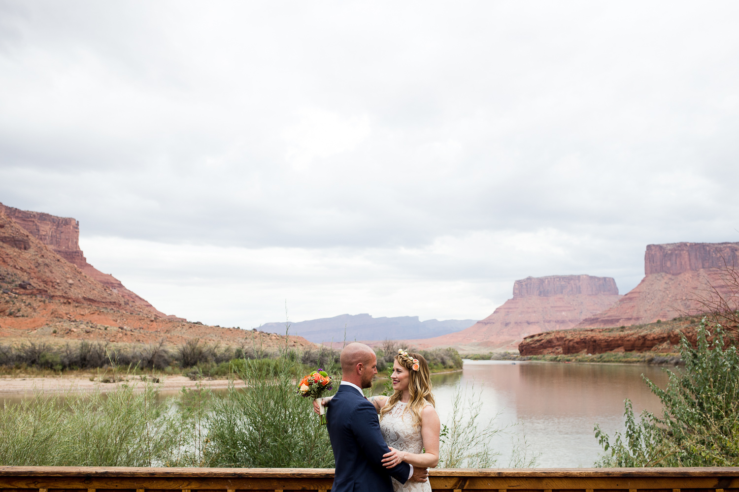 Red Cliffs Lodge first look bride and groom wedding Utah