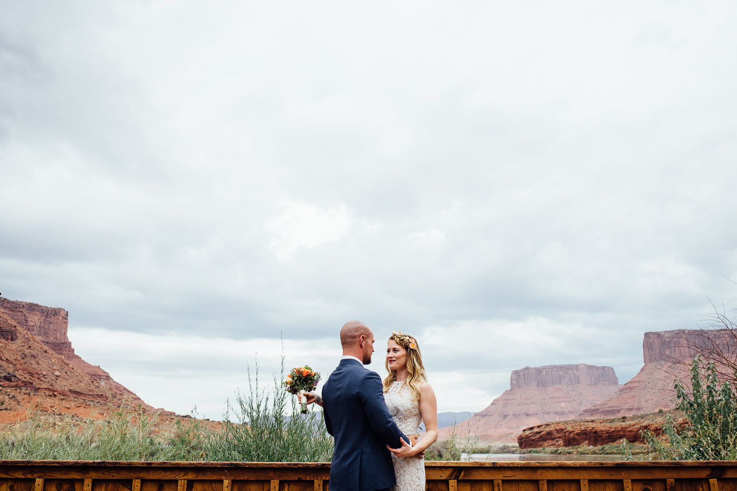 Red Cliffs Lodge destination wedding photographer
