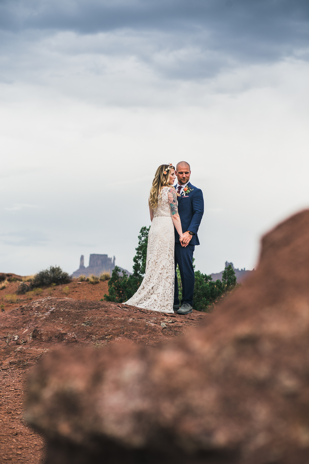 Bridal portraits Moab Utah Colorado River