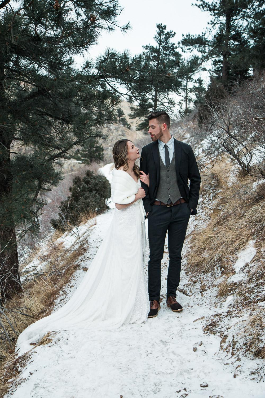 Elope in the Colorado Rockies winter