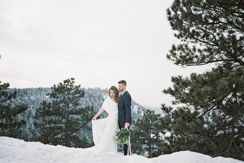 Fujifilm 400h fine art real film elopement Photographers
