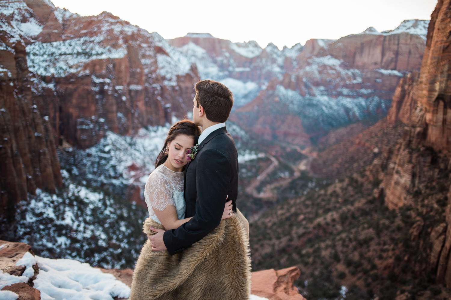 Best places to get married in Utah wedding photographers