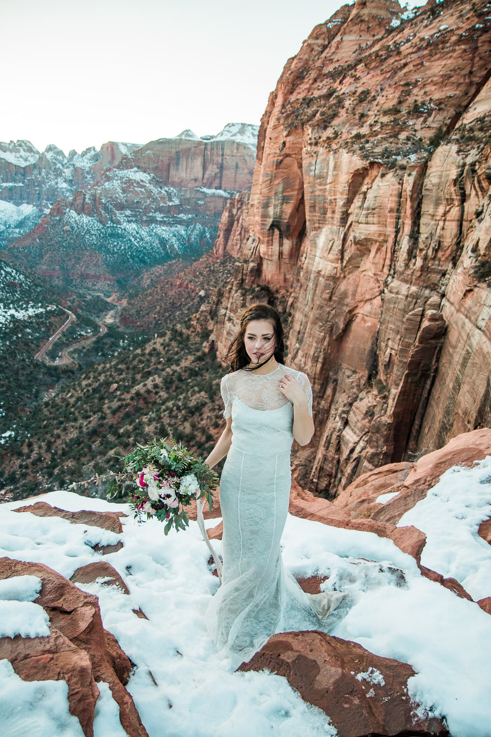 Canyon Overlook trail wedding bloomers flowers bouquet Zion National Park