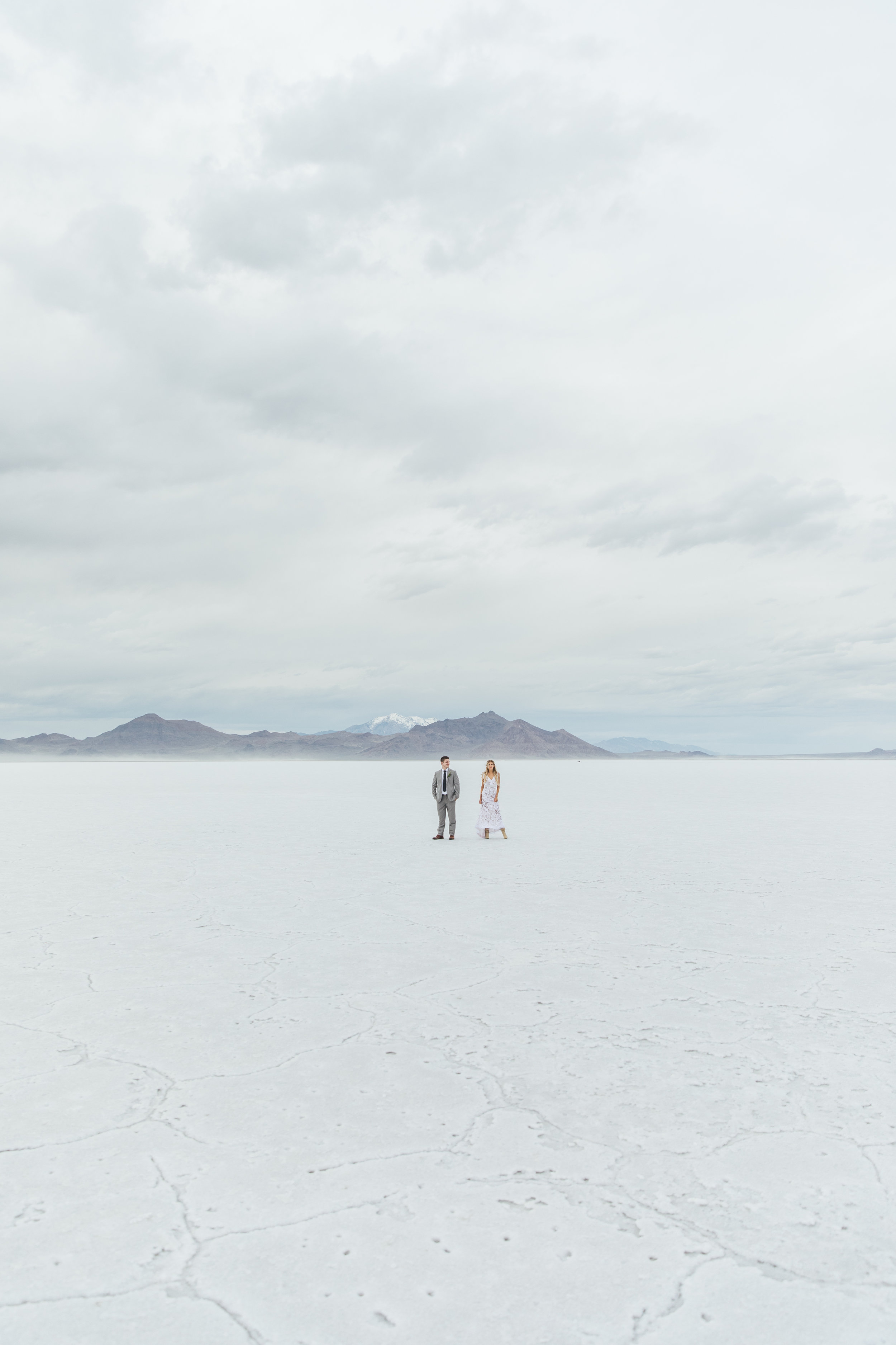 Destination wedding photography Bonneville Salt Flats Utah Kyle and Tori Sheppard