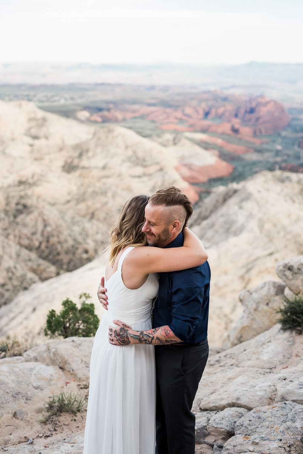Red Mountain Overlook Adventure Vow Renewal Pictures