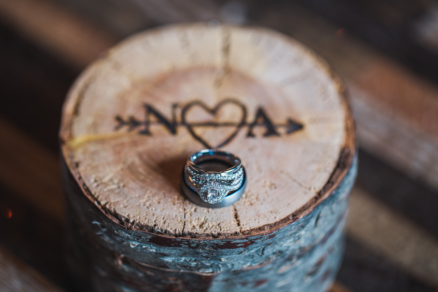 Wooden wedding ring box details