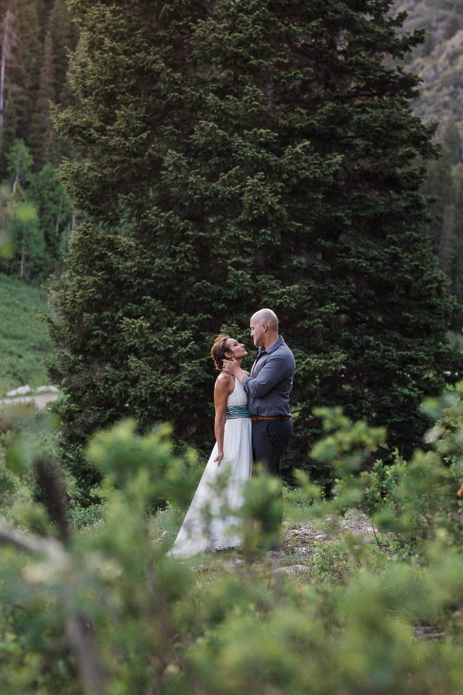 Big-Cottonwood-Canyon-Mountain-Vow-Renewal-Utah-KyleLovesTori-005.jpg