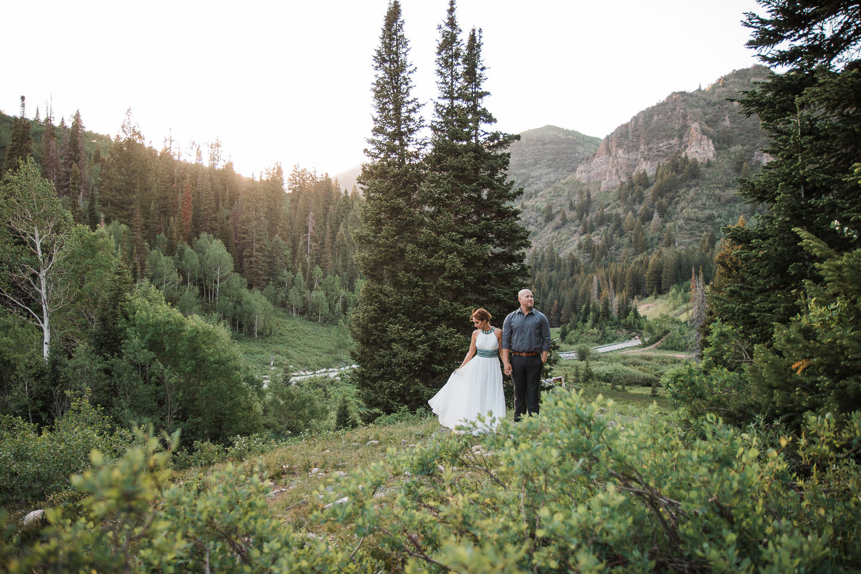 Big-Cottonwood-Canyon-Mountain-Vow-Renewal-Utah-KyleLovesTori-004.jpg