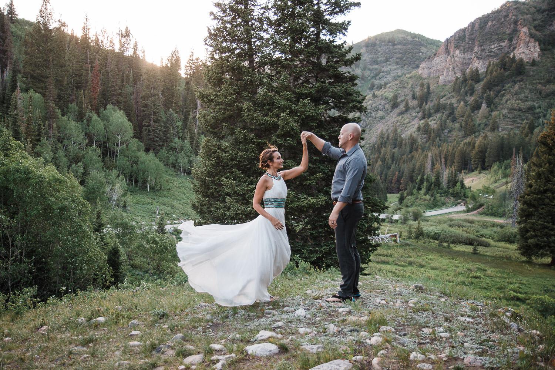 Flowing dress Utah Vow Renewal Anniversary photoshoot