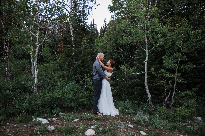 Big-Cottonwood-Canyon-Mountain-Vow-Renewal-Utah-KyleLovesTori-023.jpg