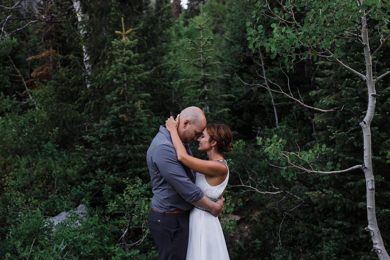 10 year anniversary photoshoot in the mountains of Utah