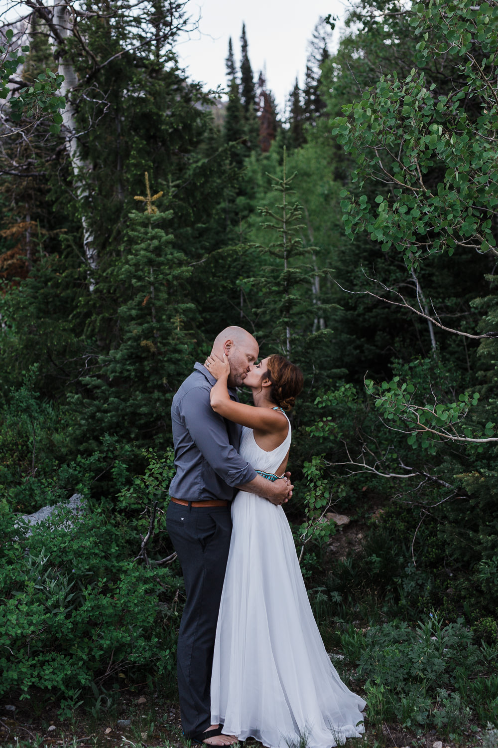 Vow renewal photography by adventurous photographers Kyle and Tori Sheppard