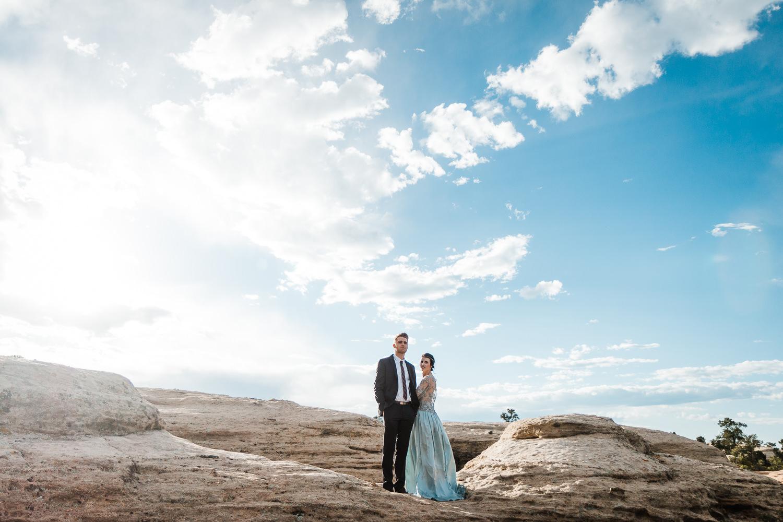 Epic adventure wedding photographers in Utah