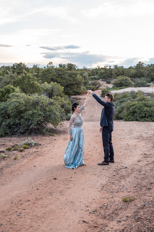 KyleLovesTori-Zion-National-Park-Adventure-Bridals-30.jpg