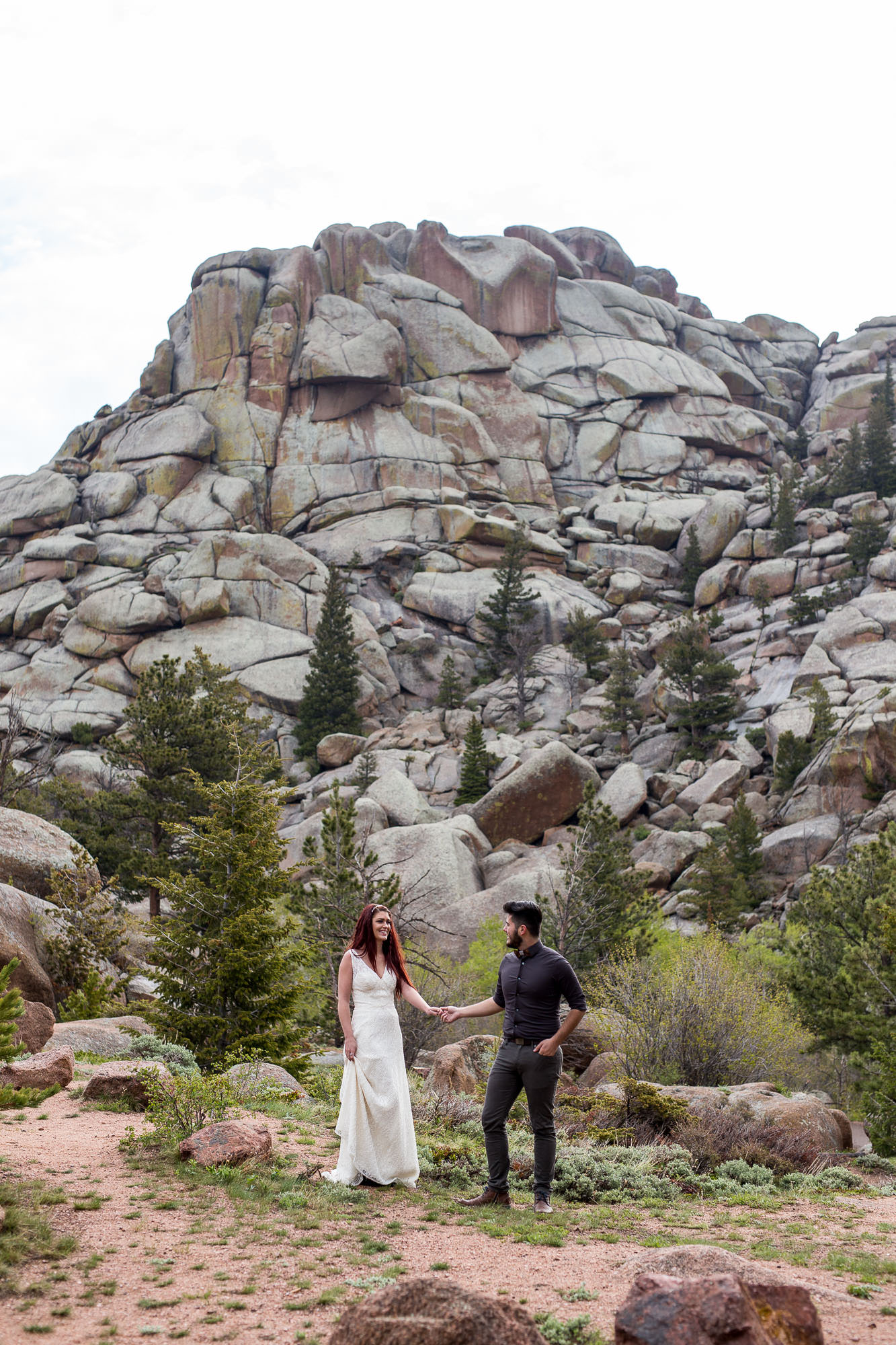 Vedawoo climbing area adventure wedding photos
